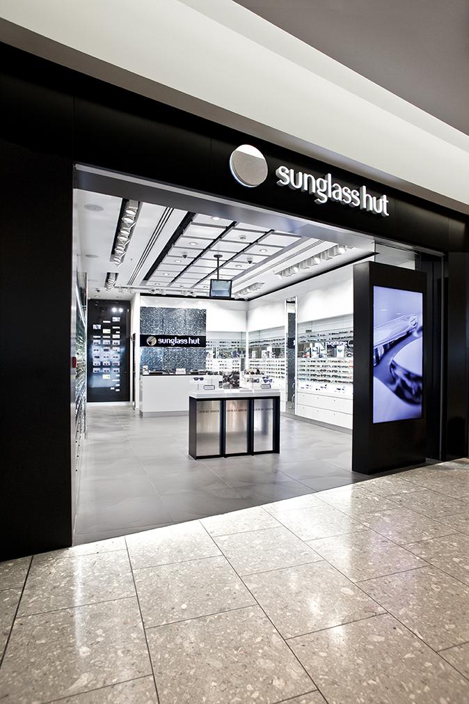 2c0a45f15f New generation airport shop Heathrow Terminal T5